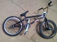 hey here we have a 2010 haro custom bmx. it has all