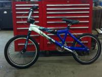 up for sale is a 03 haro sr 3.0 bmx bike, many