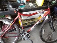 I'm selling my haro vector mountain bike it's in