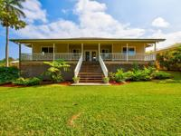 just blocks from charming Hawi Town, this beautiful
