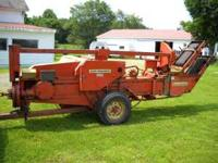Allis Chalmers Model 302 Bale Chief, Twine baler with