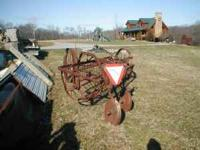 I BELIEVE THIS IS A NEW IDEA HAY RAKE WORKS GREAT OBO