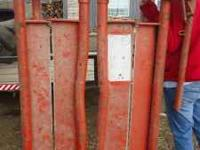 We are selling our Head Hunter Head Gate for Cattle, It