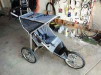 Very clean stroller. Front handbrake, 2 rear foot