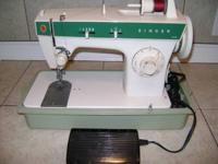 Heavy duty Vintage Singer sewing machine in great