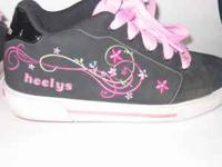 Heelys Ivy Girls roller shoes-used-black/pink nubuck
