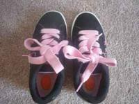 Girls Heelys shoes with all parts, good used condition,