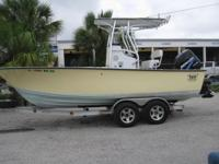 Manufactured in Florida, this Hell's Bay Boatworks 2005
