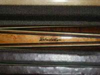 this pool stick is a very nice pool cue great condition