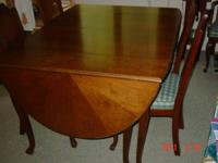 Mid-Century Dining Room set with 4 side chairs and 2
