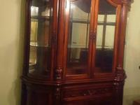 This China Cabinet is only 5 years old and never been