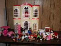 I am selling a High School Musical Barbie House that