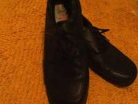 High Sierra brand Boy's black dress shoes with laces