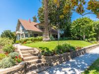 This 1904 historic craftsman has been lovingly