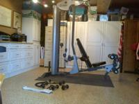 HOIST V-2 PROFESSIONAL GYM Perfect condition, great for