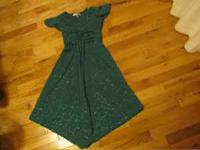 VERY NICE GREEN DRESS SIZE 8 WORN ONCE FOR PHOTO