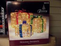 Holiday presents set of 3 New still in box
