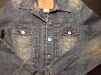 Hollister long sleeved denim jacket.  Size small. Great