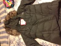 GREEN HOLLISTER PUFFER JACKET SIZE SMALL FUR LINED HOOD