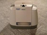 Holmes console humidifier with filter NEW! In the