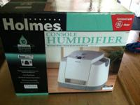 Holmes Console Humidifier 10 Gallon model 365  whole
