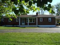 Brick ranch in Botetourt on 1.42 acres with 3BR