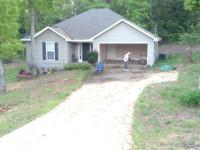 3 bedroom,2bath home in Stormly Acres. New flooring,new