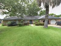 320 Santa Cruz Court, Luling 4BR/2BA 4 BEDS/ 2 BATHS,