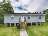 3043 Elmwood Park Drive, New Orleans 2BR/2BA 2 BEDS/ 2