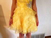 Size 4 homecoming dress or special occasion. Great