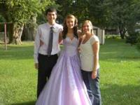 Beautiful lavender homecoming/prom dress. size 2. hand