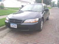 HONDA ACCORD FOR SALE, yr. 2000, aprox. 120000 miles,