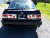 Well kept honda accord it is very clean and has just