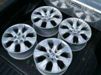08 honda accord 17 inch rims/like new/set of 4 $375.00