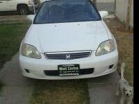 VENDO HONDA CIVIC AO 99 130,000 MILLAS ESTANDAR POR
