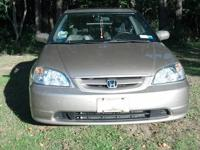 I am selling my 2002 Honda Civic Ex with approximately