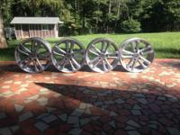 Honda Civic Si Wheels - great condition, will fit any
