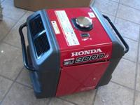 Like new Honda Generator: EU3000iS ?3000 watts, 120V