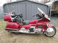 1993 Honda Goldwing GL1500 with new tires and ring of