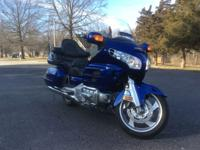 1800 Goldwing in excellent condition. Only 19,400