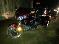 Honda Goldwing GS1800 Trike 15,400 Miles Like New