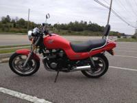 selling a Honda nighthawk 750cc Red in color with 31K