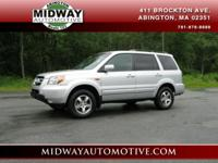 ***CLEAN CARFAX !!!!!!!!! 4 Wheel Drive** This SUV has