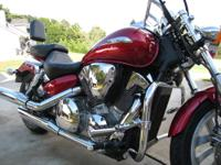 HONDA VTX 1300- $4500 obo- 2004, CANDY RED, VERY LOW