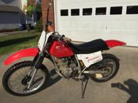 2002 Honda XR 200. New tires and front brakes. Cranks