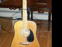 Hondo Guitar ACOUSTIC Vintage 1970 NICE NATURAL FINISH