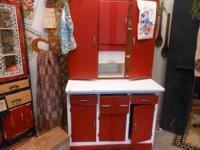 I HAVE FOR SALE AN AWSOME 1950'S HOOSIER CABINET~IN