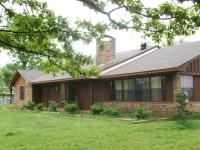 Beautiful Brick & Cedar home in southwest arkansas on