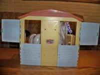 Horse stable with horse and saddle great condion from a