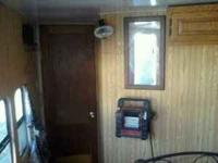 HORSE TRAILER FOR SALE WITH LIVING QUARTERS. This
